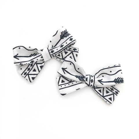 Fierce Arrow Piggy Bows