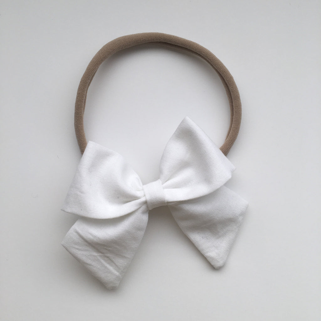 "White ""Ellie"" Bow"