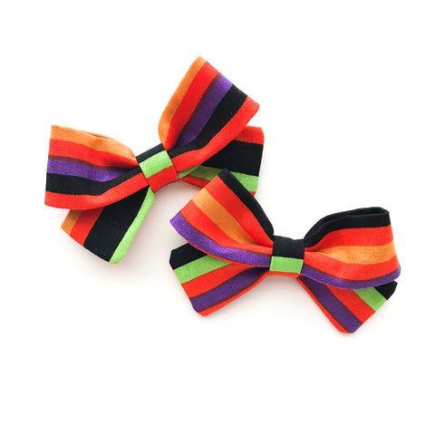 Fright Night Piggy Bows