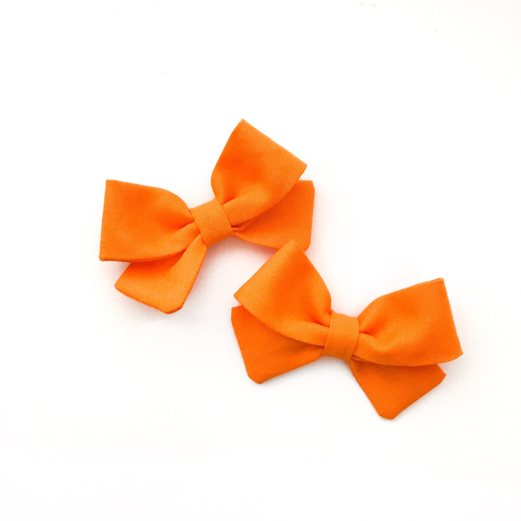 Pumpkin Piggy Bows