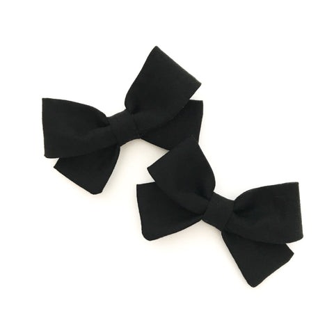 Black Piggy Bows