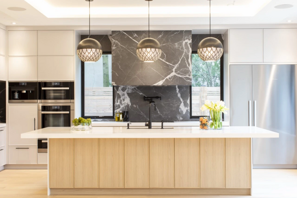 Pro Tips // How to Hang Pendant Lights in a Kitchen