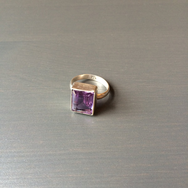 Square Amethyst Ring - Size 6.5 - LittleGemsUSA - 2