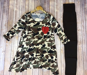 The Hearts n' Camo tunic - Comfy and Chic Boutique