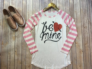 "The ""Be Mine"" tee - Comfy and Chic Boutique"