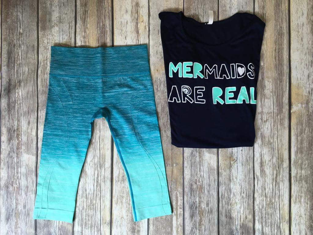 The Mermaids tee - Comfy and Chic Boutique