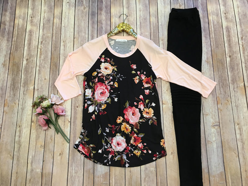 The Floral 3/4 sleeve Top - Comfy and Chic Boutique