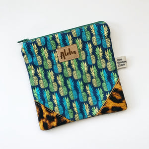 Zipper Clutch - Nalu - Only 1!