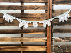 Doily Bunting - Sage