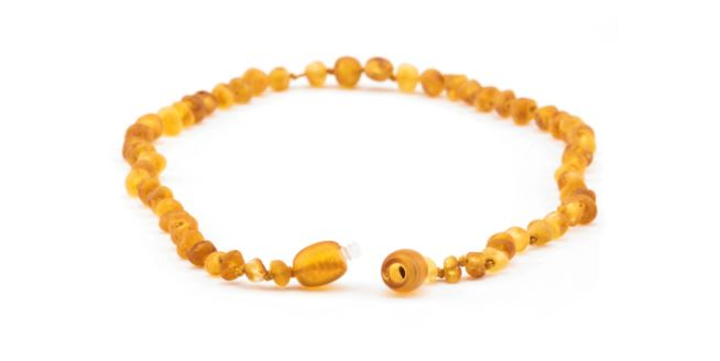 My Favorite Gift As A New Mom Was An Amber Teething Necklace