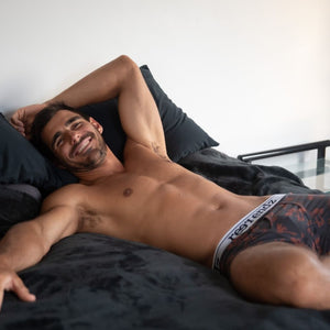 Gifts for him valentine's day. Reer Endz underwear the perfect gift for him. What to buy my boyfriend for valentine's day.