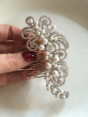 "VINTAGE DESIGN DIAMANTE AND PEARL BRIDAL HAIR COMB  ""GATSBY"" from sherocksbridaljewellery"