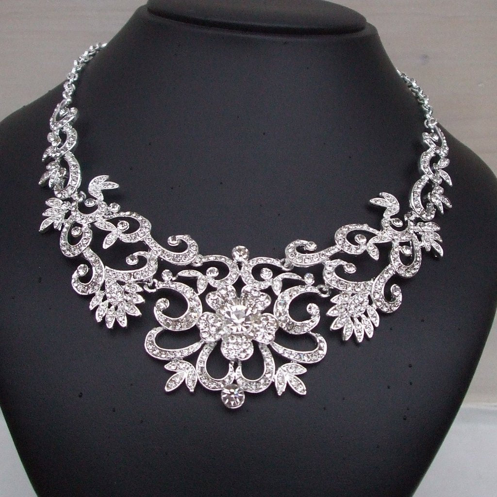"Statement wedding necklace ""Diamond Rose"""