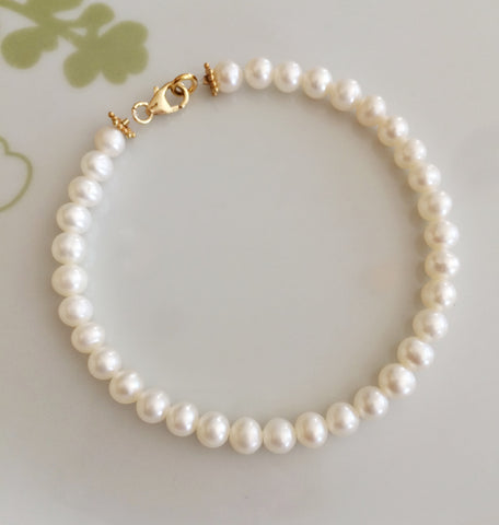 "DESIGNER SMALL WHITE FRESHWATER PEARL BRACELET ""NOUVEAU"" (Gold or Silver)"