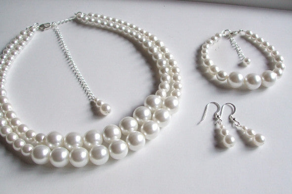 "VINTAGE CHUNKY 2 STRAND PEARL JEWELRY SET ""BREAKFAST AT TIFFANY'S"""