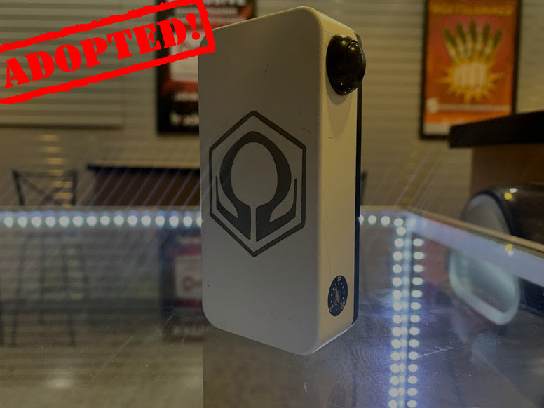 White Powder Coat HexOhm 3.0 with Black door *used*