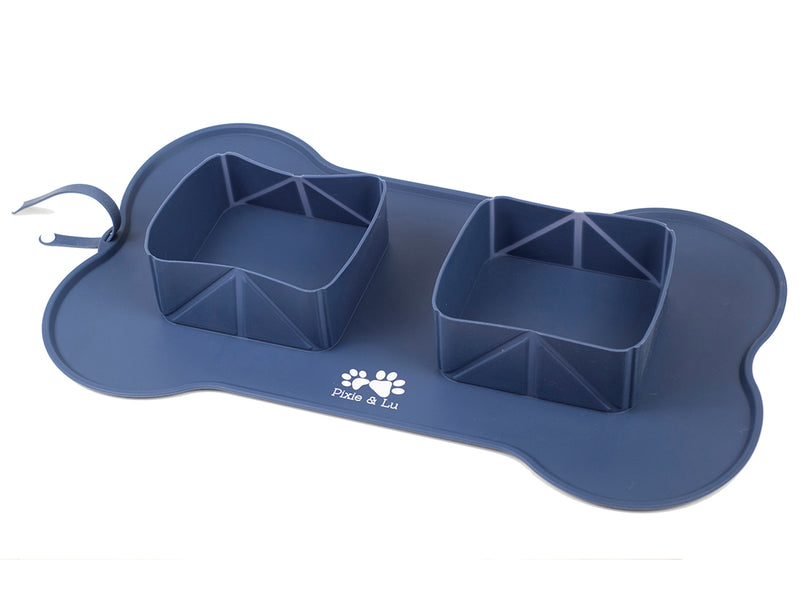 PET Feeding mat with Collapsible bowls Roll-up design for snacks on-the-go - Top quality FDA approved silicone - Comes with Premium travel bag - High lips hold more food and water - For cats and dogs, for home and away.