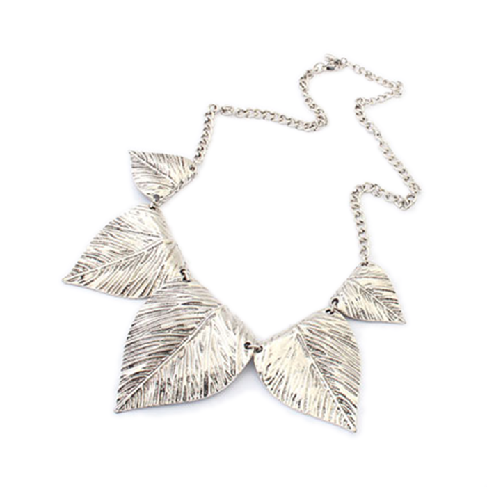 Retro Leaf-Shaped Metal Necklace
