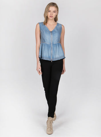 Sleevless Top with Flared Hems and Front Zipper Clousure