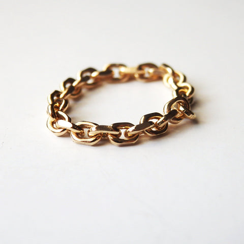Chain Ring in 14 Karat Gold