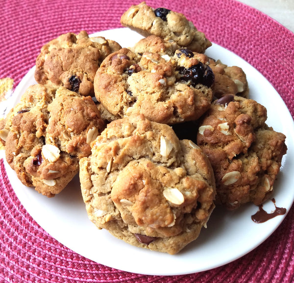 Outrageous Chocolate Chip and Cranberry Raisin Cookies Recipe