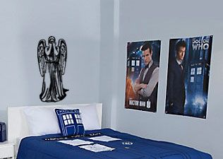 Dr. Who Weeping Angel Don't Blink Wall Decal Parody