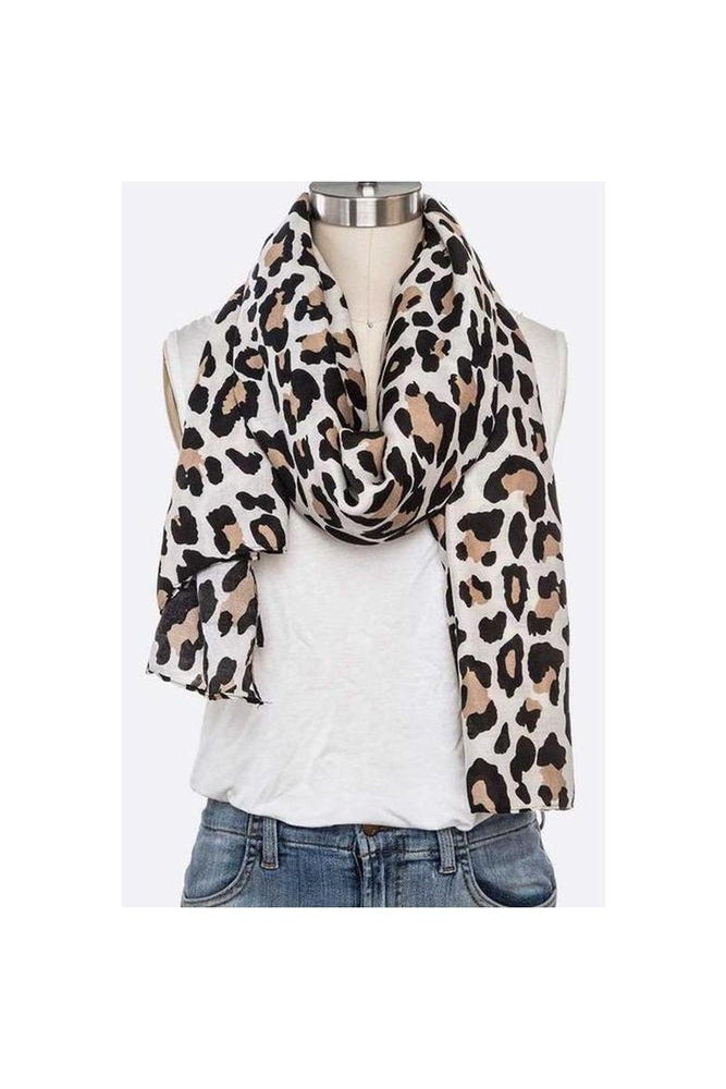 Iconic Leopard Scarf