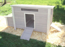 Backyard Barn Chicken Coop and Pen