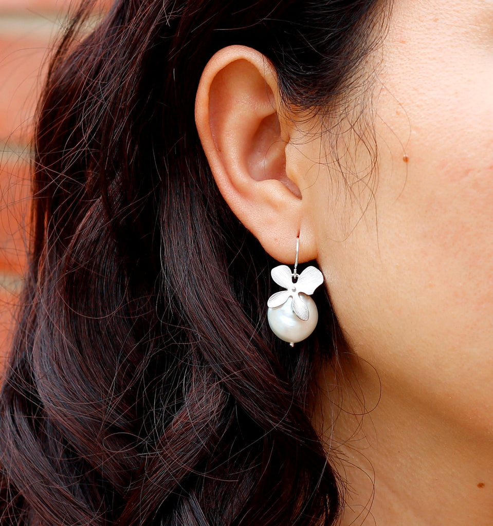 Orchid Coin Pearl Earrings