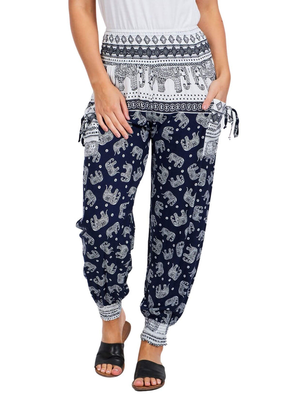 Cali Relaxed Fit Pants in Navy And White Print