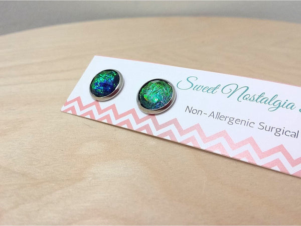 Emerald Faceted Resin Surgical Stud Earrrings  Frangipani Living frangipani-living2.myshopify.com