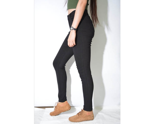 High Waisted Super Comfort Skinny Jeans in Black  Frangipani Living frangipani-living2.myshopify.com