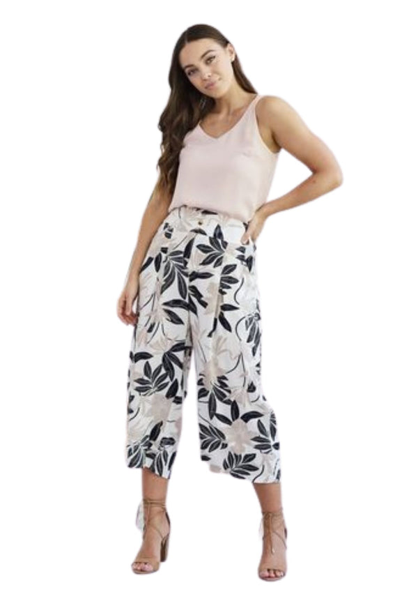 Montana Cropped Pant in Leaf Print