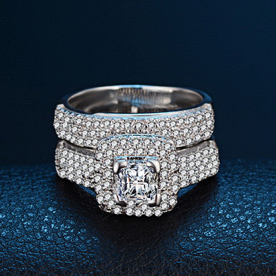 Princess cut studded ring set