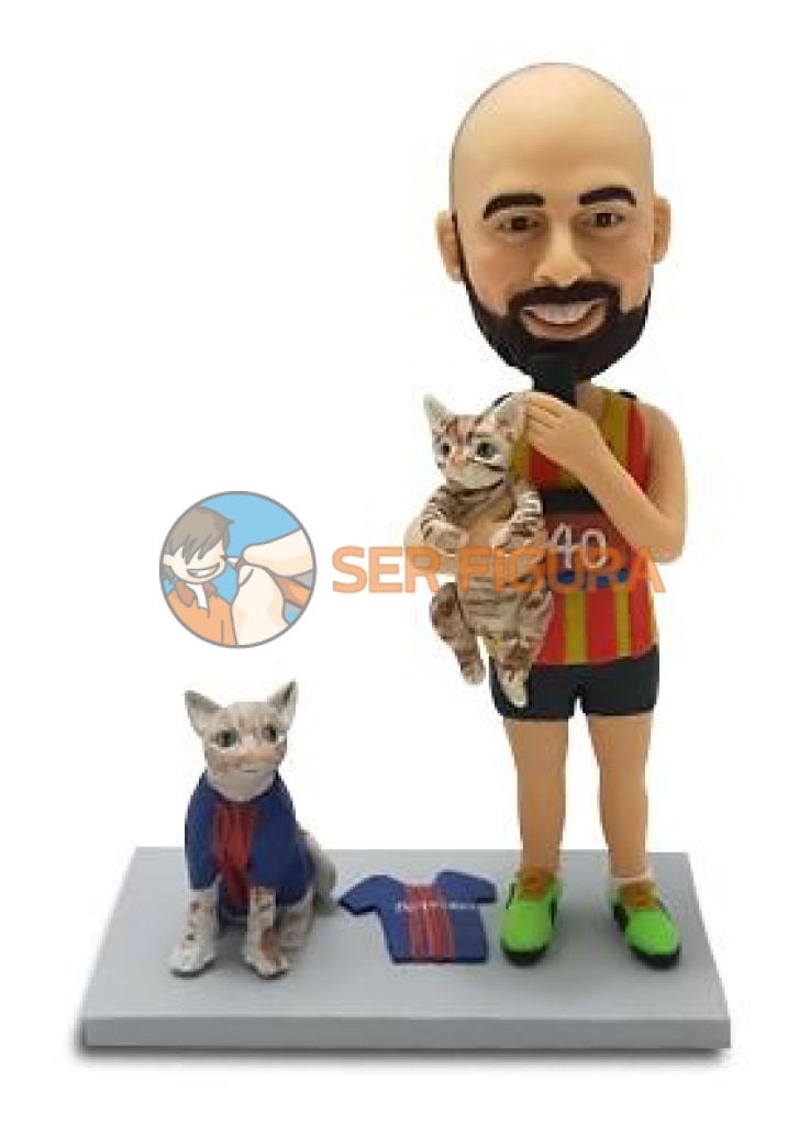 Chico con gatos