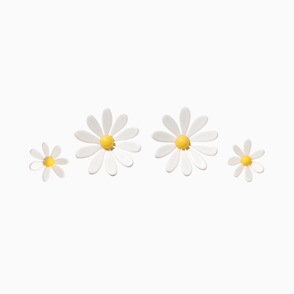 Everything's Coming Up Daisy Earrings