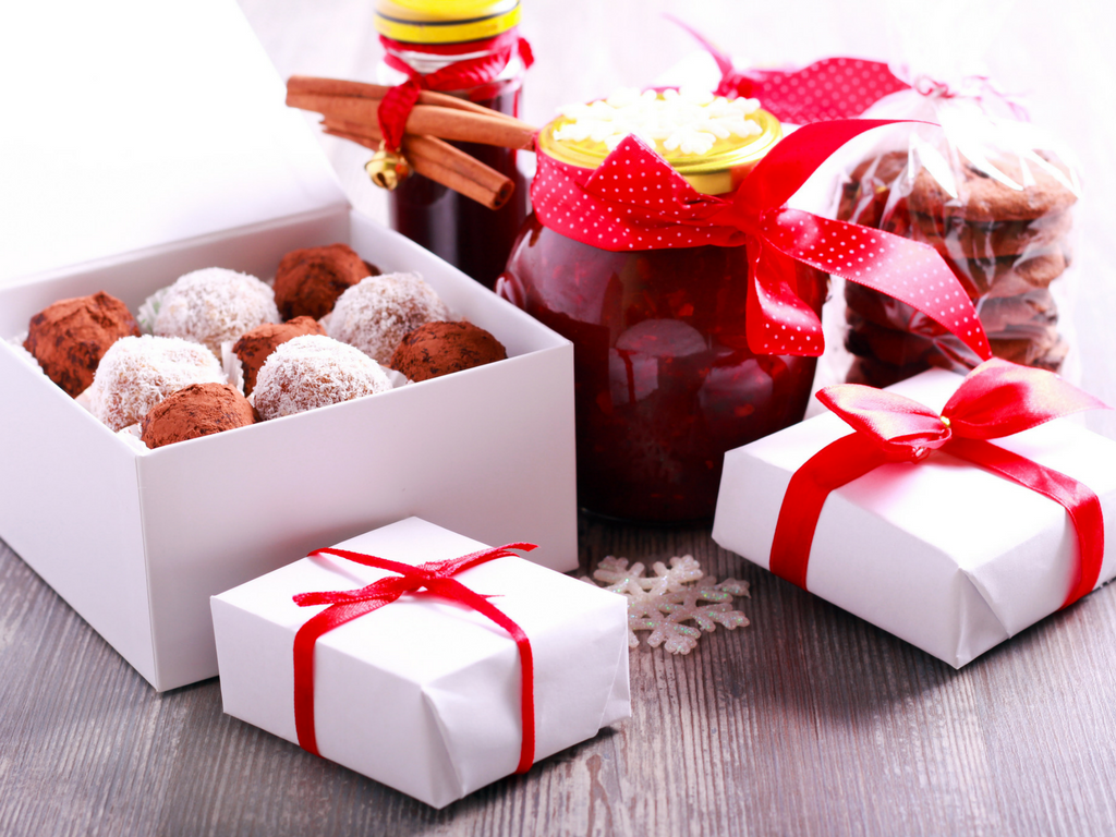 Tasty Homemade Gifts for the Holidays
