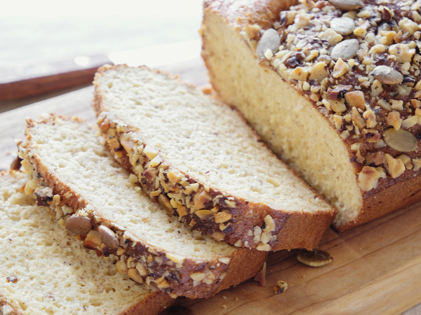 Low-Carb Almond Bread (GF & KETO-friendly)