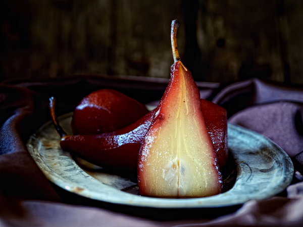 Red Wine & Rosemary Poached Pears for Your Sweetheart