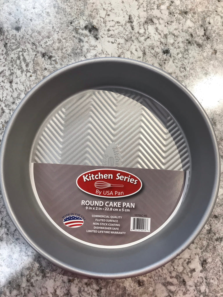 Kitchen series 9 inch cake pan