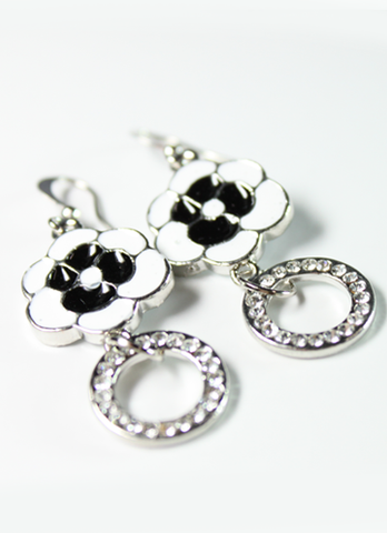 Black & White Flowers Earrings