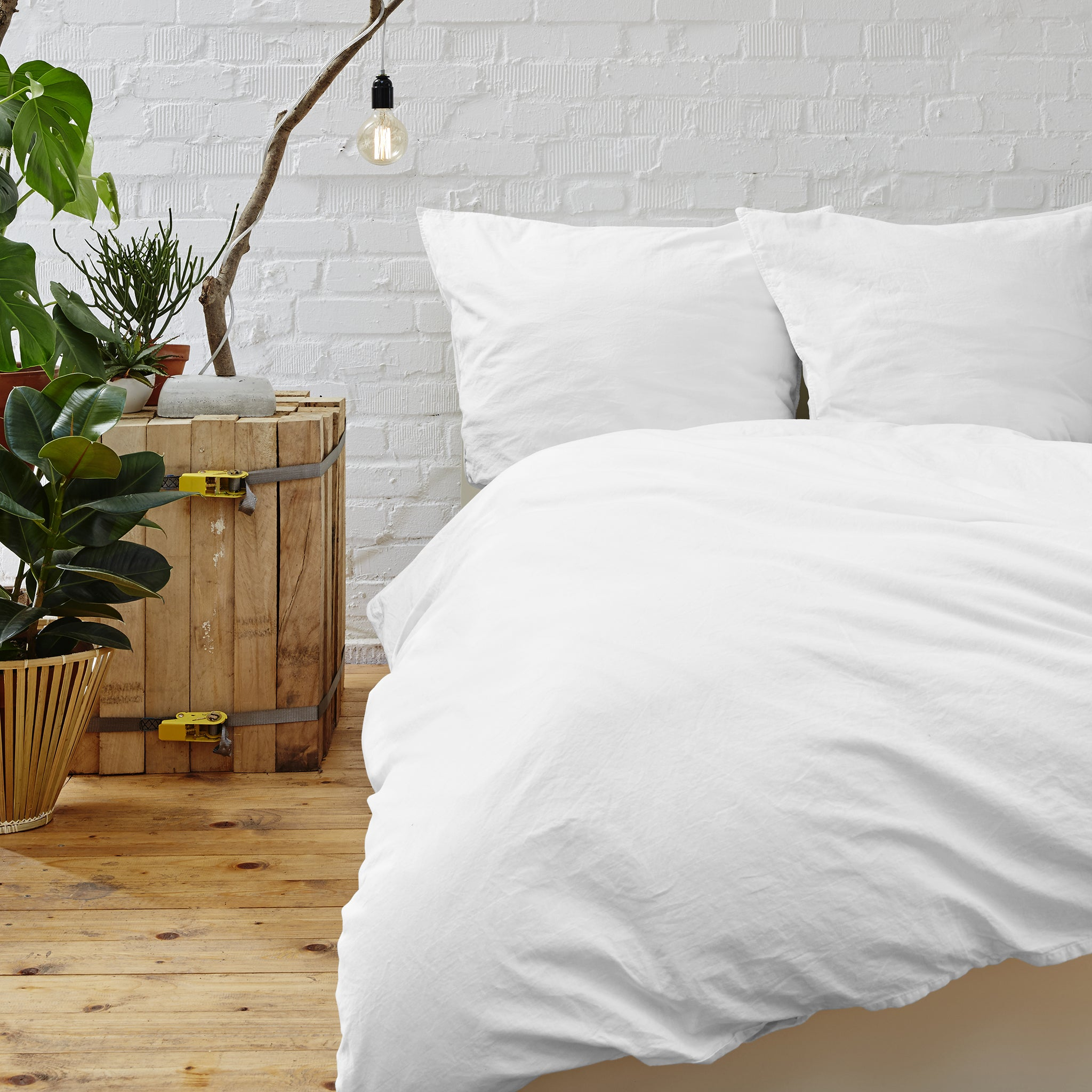 Cypress Linen Collection 1800 Series 3-Piece White Duvet Sets