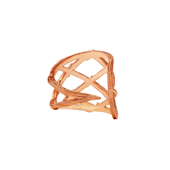 Karen Karch's Fishnet Pattern Vine ear cuff in 10K Rose Gold. A fishnet pattern created with vines embraces the ear and also comes in rose gold, white gold & platinum. Organically unique textured design made by local jewelry in NYC. Avant garde designer with alternative jewelry for fashion lovers of women's jewelry made locally. Store located in Gramercy or visit online at www.karenkarch.com to see more adventurous, off beat jewelry for fashionable women and men wanting one-of-a-kind designs.