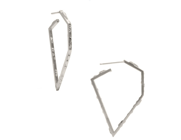 DIAMOND-SHAPE HOOPS