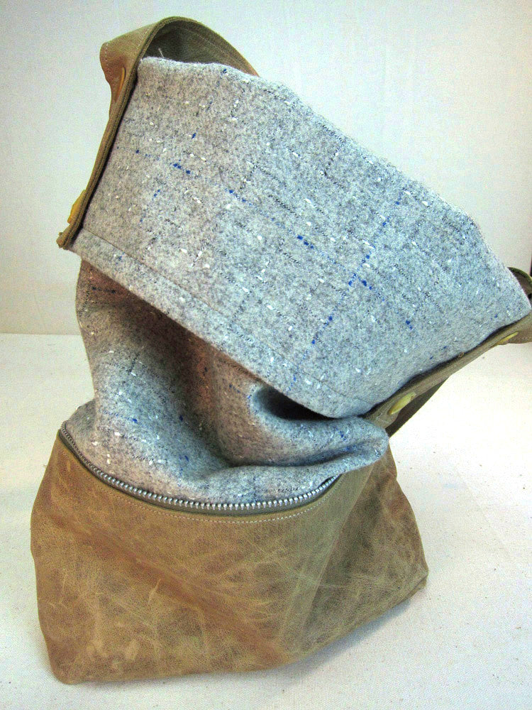 Sanibel's wool coat bag