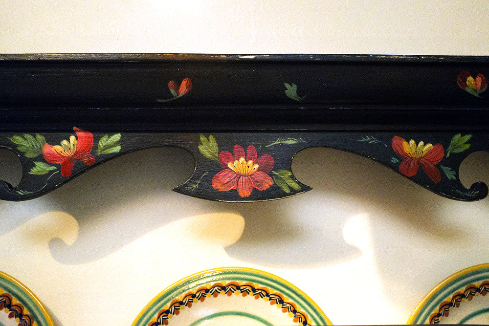 Hand-painted Plate Rack Detail