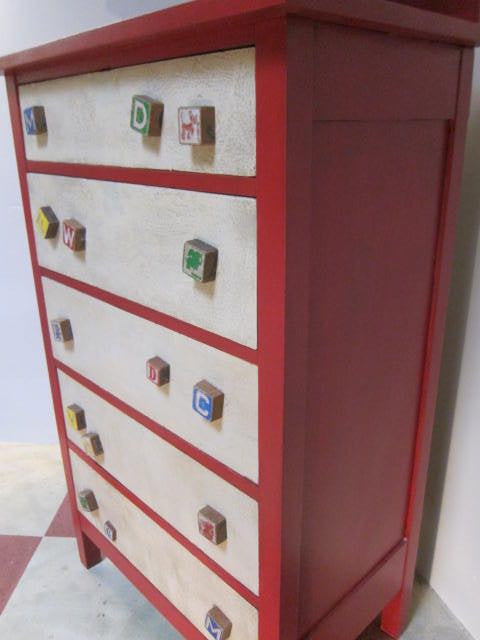 Jelly's kiddie block dresser