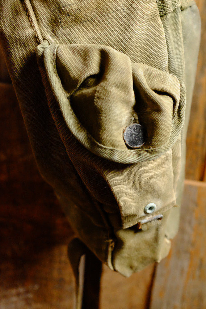Vintage Army Shoulder Bag Side Detail