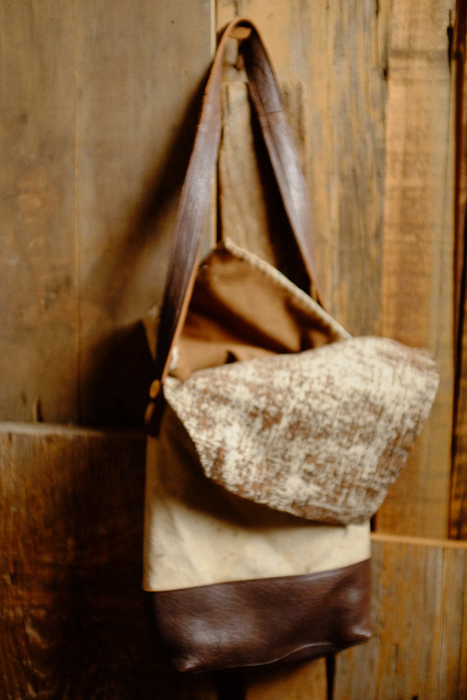 Dolores' drop cloth tablet bag