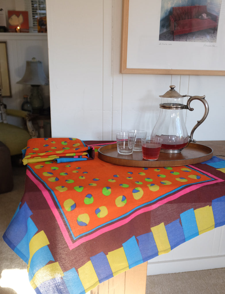 Harmony's in-scene 70's tablecloths